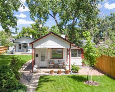 Vintage Tiny House | CUTE | 1BDRM | Big Appeal - Central Colorado Springs