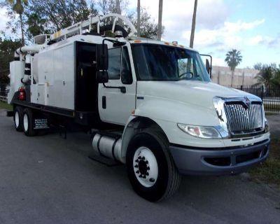 2014 International 4400 VacMaster S6000 Vacuum Truck