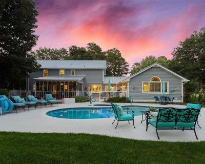 Benson Estate Sales: ROSWELL House Loaded with Beautiful Things, Greenhouse items, Pool Furniture