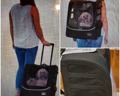 Pet Carrier Roller bag,Car Seat ,backpack and tote