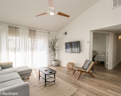 Tranquil 3 bdrm Condo near Old Town Scottsdale! - Woodland Springs