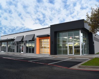 Free-Standing Retail Building For Lease