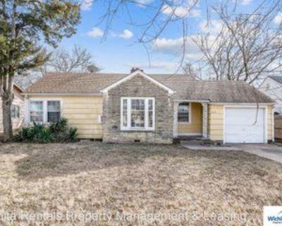 3115 E Maplewood Dr, Wichita, KS 67214 2 Bedroom House