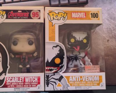 Box Lunch Venom and Scarlet Witch