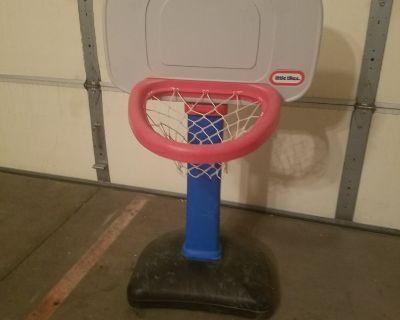 Children's basket ball hoop
