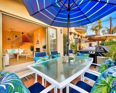 20% OFF THRU OCT! Beautiful Beach Home w/ Rooftop Deck + Walk to Water - Belmont Shore