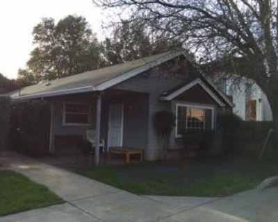 234 Cedar St #B, Chico, CA 95928 4 Bedroom House