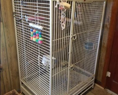 Large Parrot/Bird Cage - California Cages