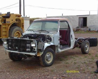 Engine V8 318 From 1989 Dodge 1/2 Ton 2x4 Pickup