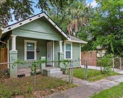 2814 Francis Street, Houston, TX 77004