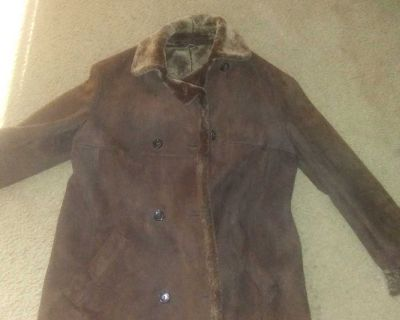 Ruffo women's coat. Expensive. Pick up only Wheatfield
