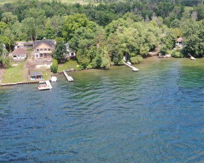Waterfront cottage on Lake Simcoe/Innisfil - Innisfil