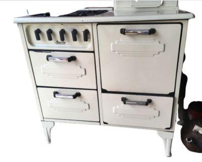 Magic Chef Vintage 1930's Gas Stove Oven Cooktop Range