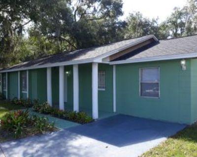 1212 West Airport Boulevard, Sanford, FL 32773 4 Bedroom House
