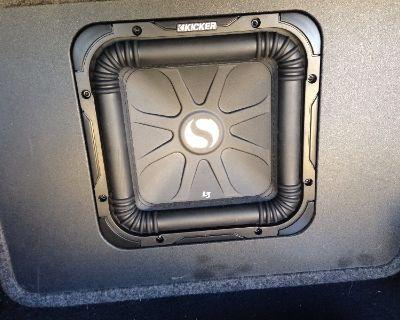 Kicker L3 subwoofer, 1600 watt amp, wiring kit, jvc deck