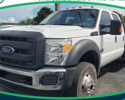 2015 Ford Super Duty F-550 Chassis Cab Lariat
