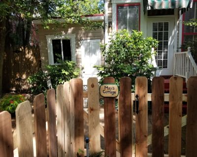 Sophisticated B&B Cottage in Downtown Little Rock - Downtown Little Rock