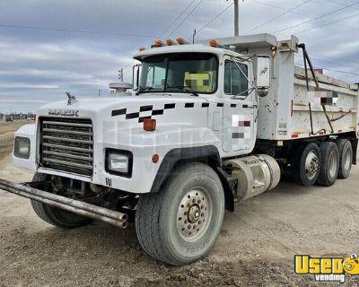 Ready to Work Used 1998 Mack RD600 17' Dump Truck 375hp MT