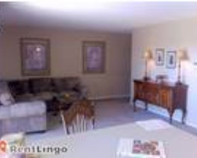 2 bedroom 812 Griffith Dr, ,