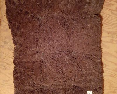 Fuzzy brown dog mat for medium crate
