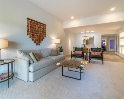 Beautiful and Elegant One Bedroom Patio Home in the heart of Scottsdale! - McCormick Ranch