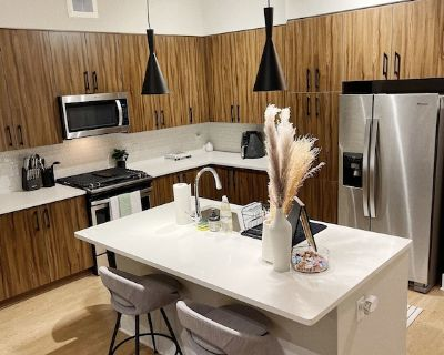 2b/2b Modern Super Luxury Condo ?heart of Buckhead - Buckhead Heights