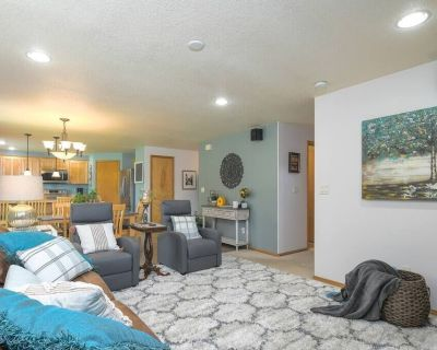 This House is a 4 Bedroom, 2.5 Bathrooms, Located in Vancouver, WA - Felida