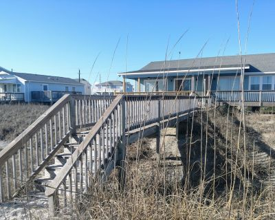Oceanfront Cottage With Private Beach Access - JULY 4TH WEEKEND IS OPEN - Emerald Isle