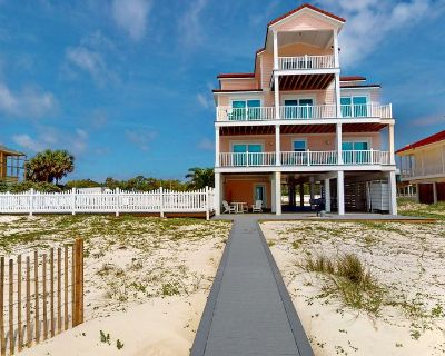 """On the Beach! Private Pool, Pets Welcome, Elevator, Fireplace, Free Beach Gear, 6BR/6.5BA """"Siren's Song"""" - East End"""