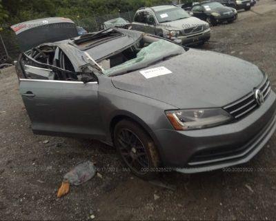 Salvage Gray 2017 Volkswagen Jetta