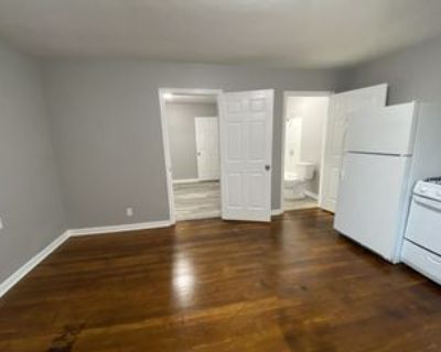 111 E 16th St #1, New Albany, IN 47150 1 Bedroom Apartment