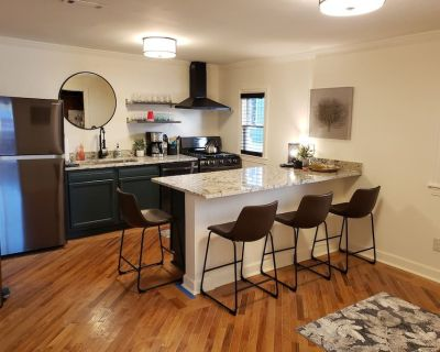 NEW for 2021 - The Dobbs 4 Bed, 2 Bath Luxury Atlanta Beltline Duplex - Old Fourth Ward