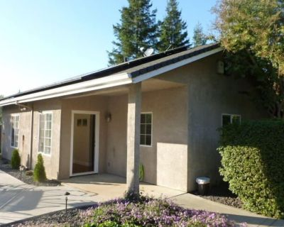 Large Private Guest House For Rent - Chico