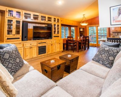 The Hilltop Hideaway-hot Tub/great Trail Access! - Kingswood Estates