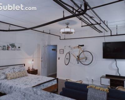$1400 studio in Denver Northeast