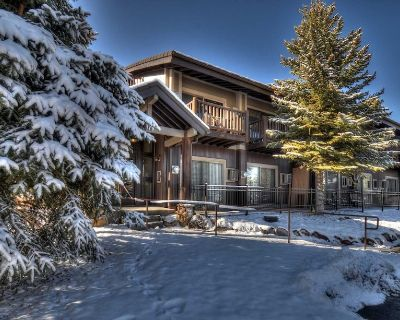 Remodeled Prospector Condo, Washer/Dryer, Fireplace, Kitchen, on Free Bus Route! - North Park City