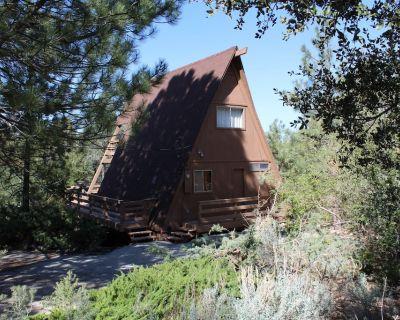 Happy Quail A Frame cabin - Pine Mountain Club