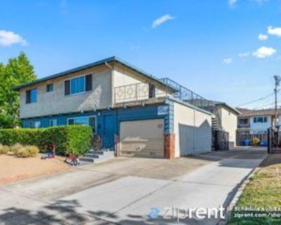638 Kirkland Dr #4, Sunnyvale, CA 94087 2 Bedroom Apartment