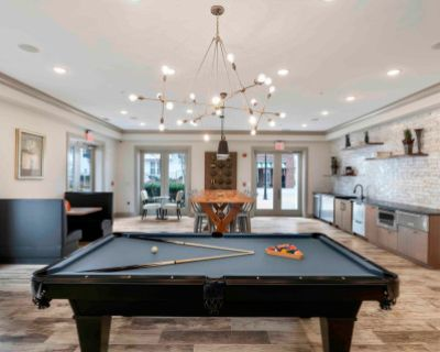 Beautifully Designed Entertaining Space, Perfect For Your Next Party!, Fairfax, VA