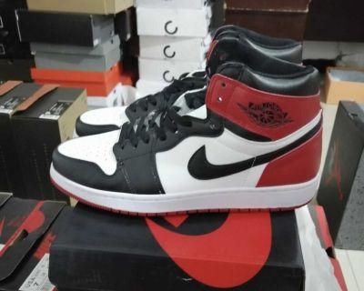 Jordan 1 Satin Black Toe