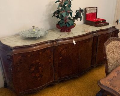 Estate sale with loads of antiques