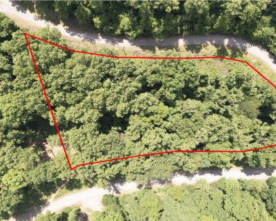 1.41 Acres for Sale in Cosby, TN