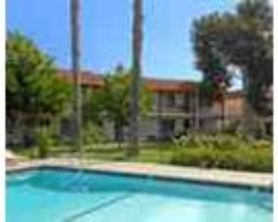 Easy Access To Los Angeles Pet Friendly