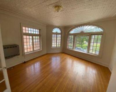 604 State St, Schenectady, NY 12305 1 Bedroom Condo