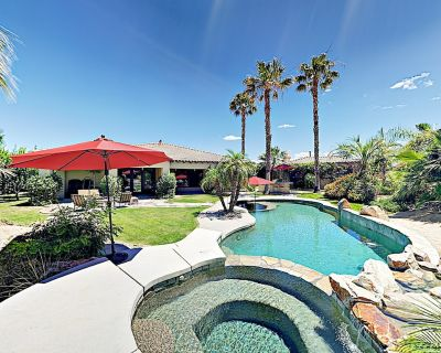 Luxe Resort-Style Gated Home w/ Casita - Pool, Hot Tub, Fire Pit & Billiards - Indio