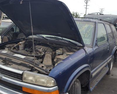 1998 Chevrolet C/K 10 Suburban