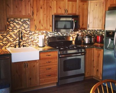 6/27-7/1 20% off New upgrades Remodeled 2 Bed 2 Bath 1125SqFt WIFI/ FIREPLACE - Moonridge