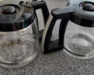 2 Cuisinart Coffee Carafes 14 cup