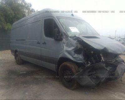 Salvage Blue 2017 Mercedes-benz Sprinter Cargo Van