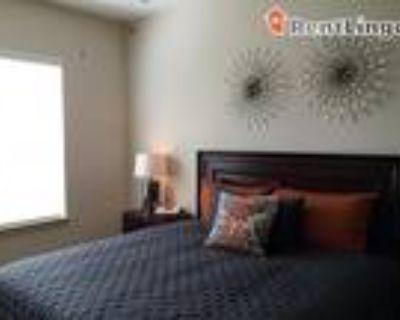 2 bedroom 925 River RD